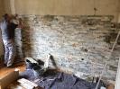 Schlafzimmer mit Natursteinwand_5